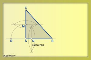 Cuadrado equivalente a triángulo 03