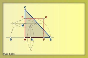 Cuadrado equivalente a triángulo 05