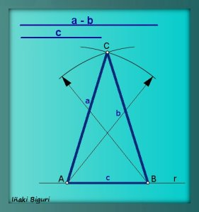 Triángulo Isósceles 04