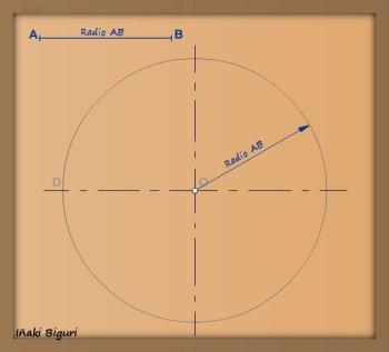 Pentágono inscrito en una circunferencia 01
