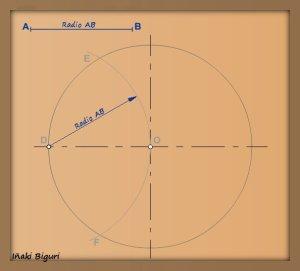 Pentágono inscrito en una circunferencia 02